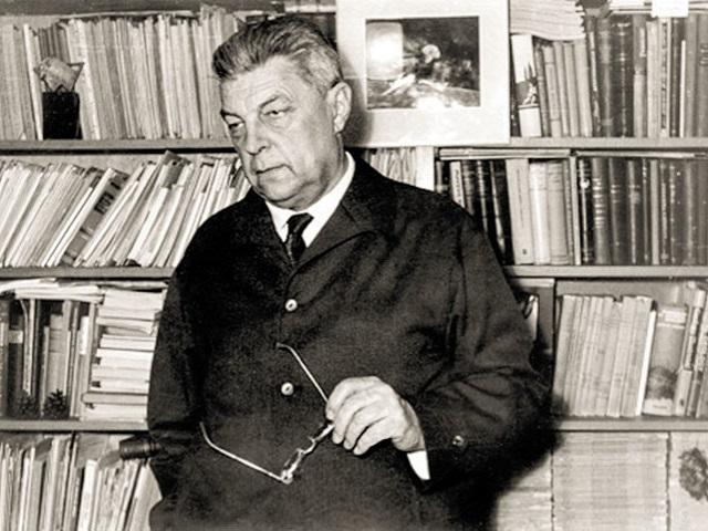 Ivan-Efremov.jpg